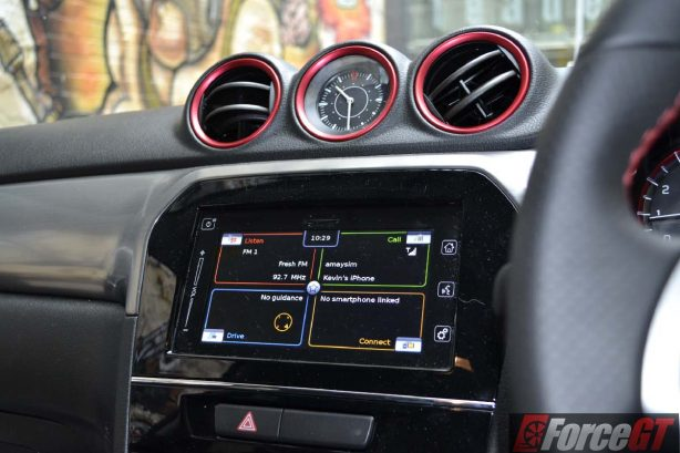 2016 suzuki vitara s-turbo 7-inch touchscreen