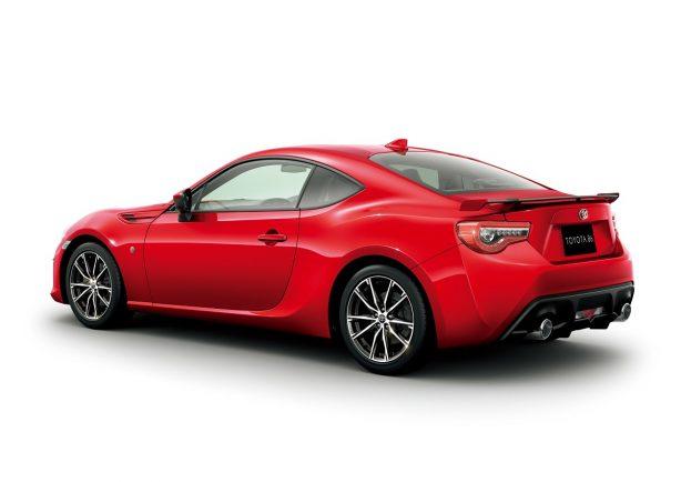2017-toyota-86-facelift-rear-quarter