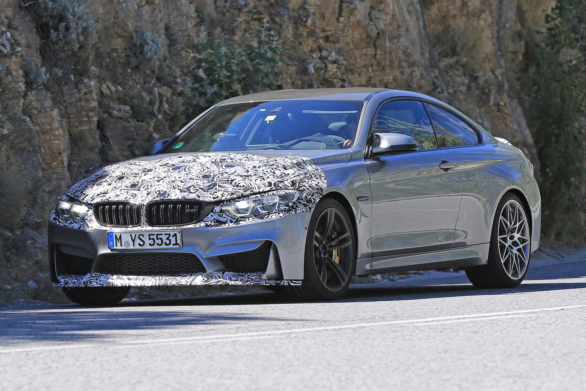Bmw X3 2017 Interior >> 2017 BMW M4 Coupe spied with minor updates - ForceGT.com