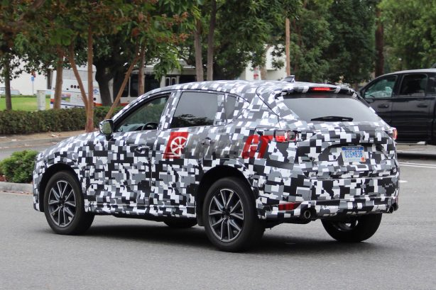2017 mazda cx-5 spy photo rear quarter-1