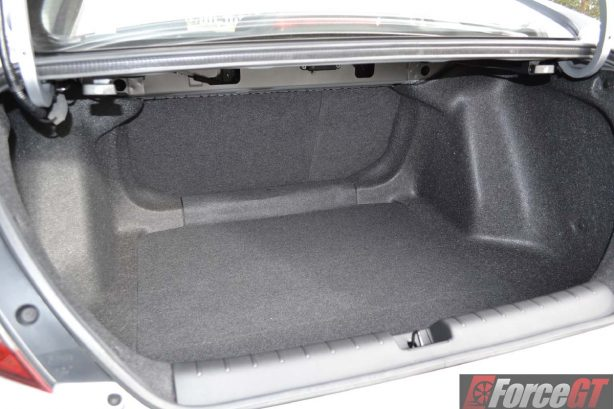 2016-honda-civic-vti-s-boot-space