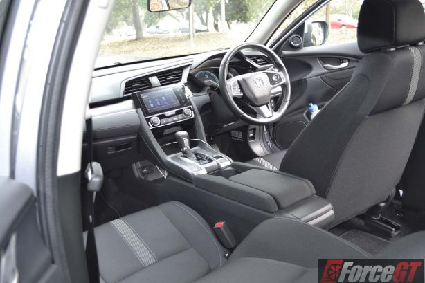 2016-honda-civic-vti-s-interior