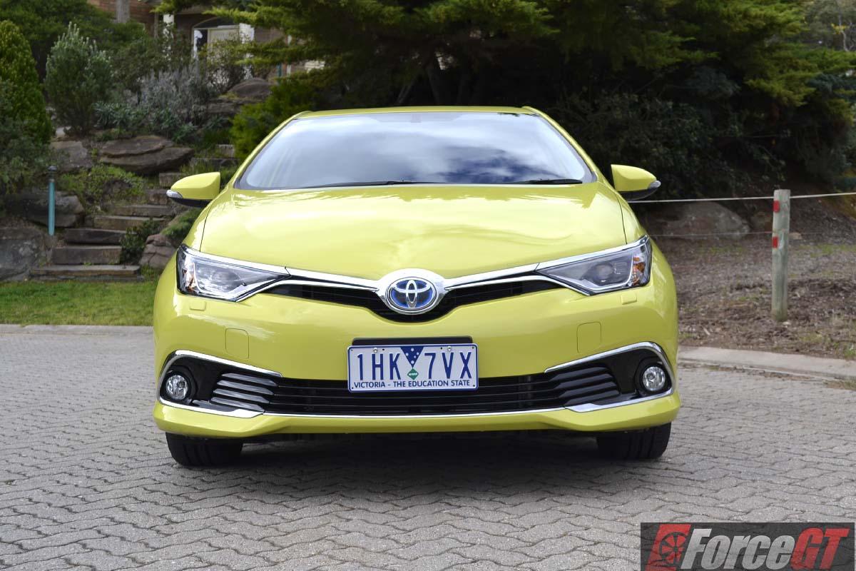 Corolla 2017 Dimensions >> 2016 Toyota Corolla Hybrid Review