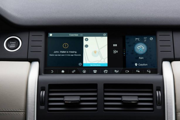 land-rover-discovery-sport-tile-bluetooth-tracker-demo