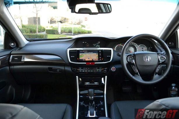 2016-honda-accord-v6l-front-interior