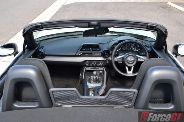 2016-mazda-mx-5-1-5-litre-interior