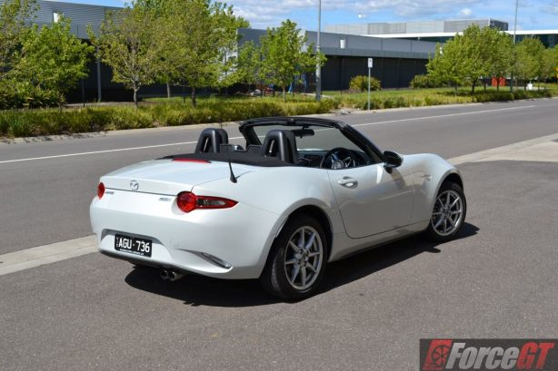 2016-mazda-mx-5-1-5-litre-rear-quarter