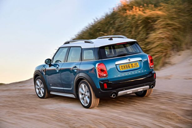 2017-mini-cooper-countryman-rear-all4