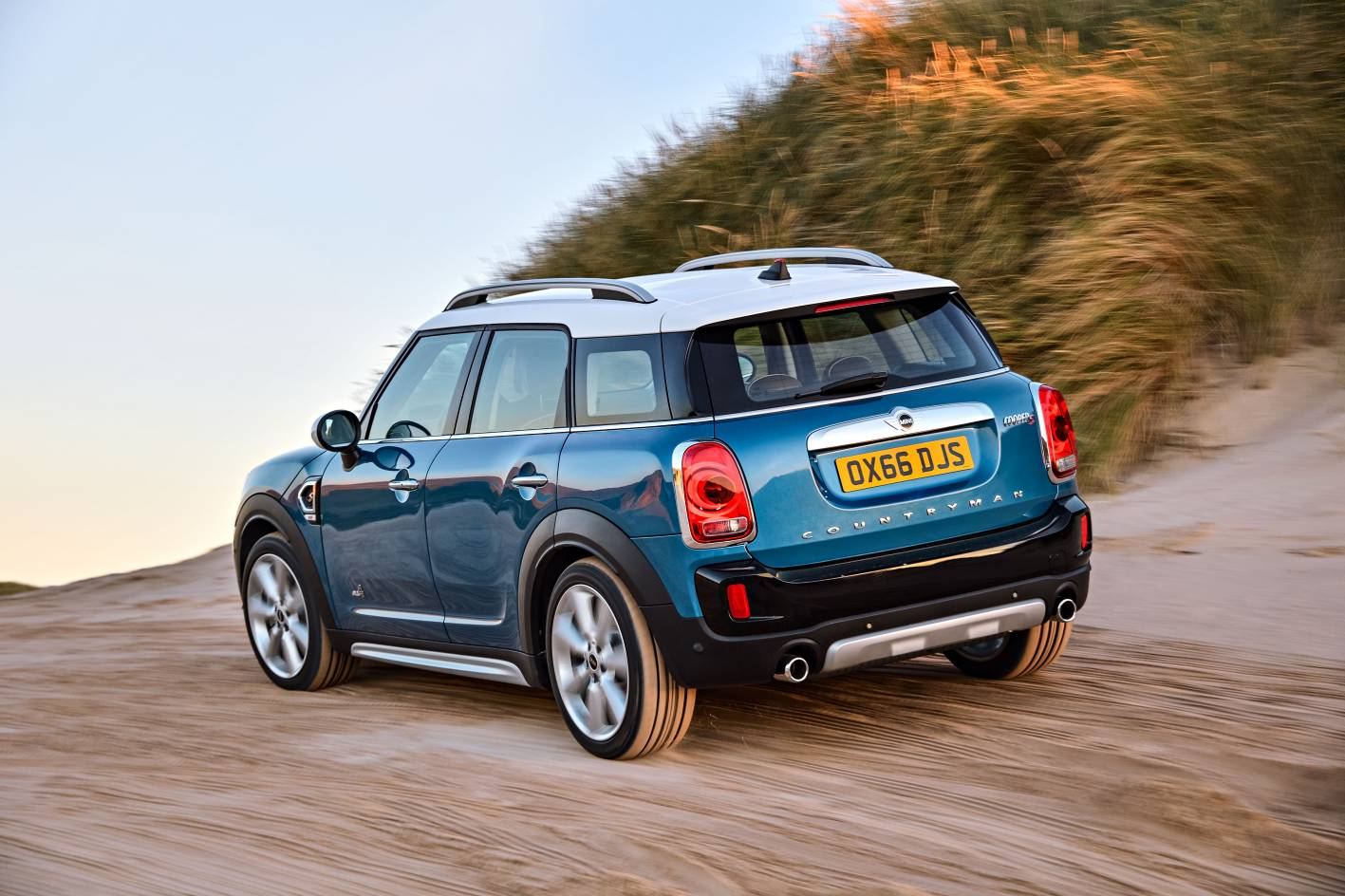 All-New 2017 MINI Countryman unveiled - gets Hybrid ...