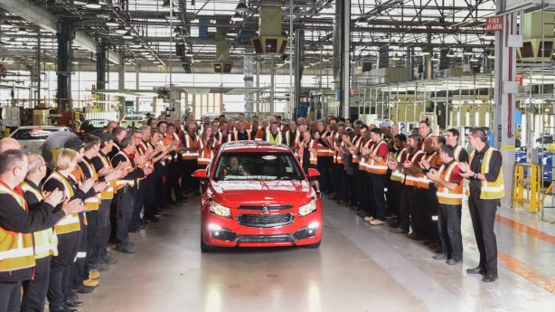 final-holden-cruze-rolls-of-elizabeth-plant-1