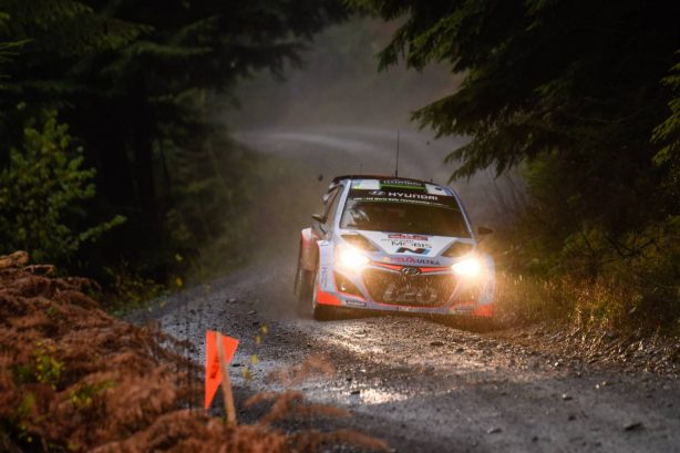 hyundai-i20-wrc-in-wales-rally-gb-1