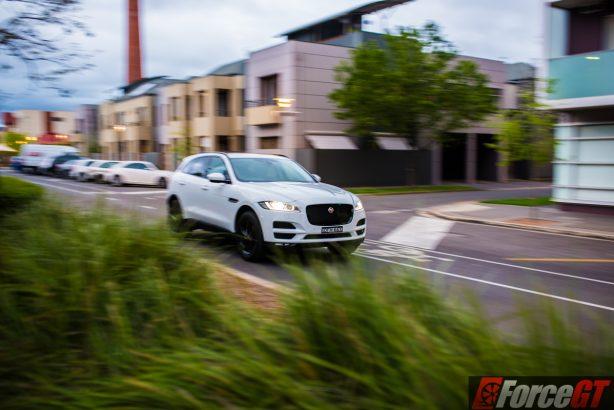 2016-jaguar-f-pace-front-quarter-rolling-1