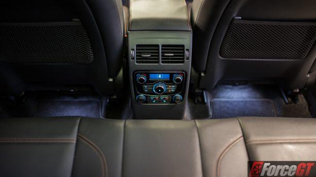 2016-jaguar-f-pace-rear-climate-control