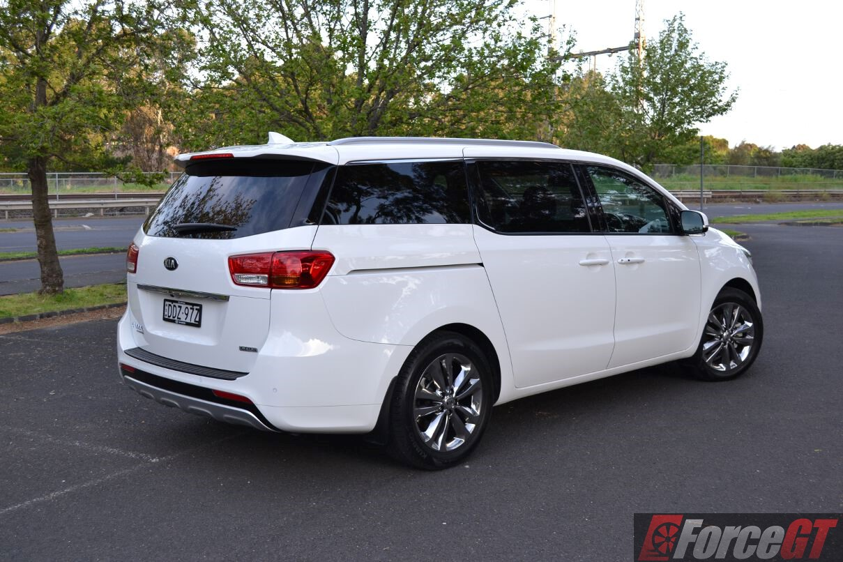 2016 Kia Carnival Review Platinum Diesel