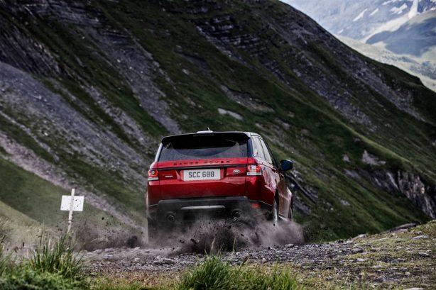 2016-range-rover-sport-inferno-downhill-alpine-ski-challenge-3
