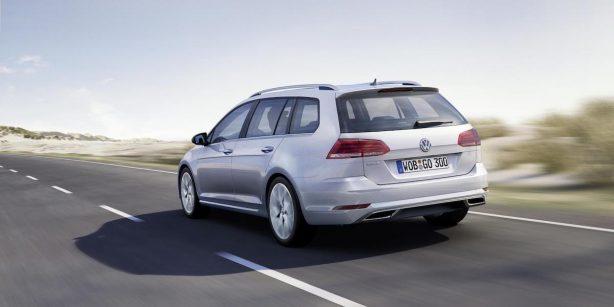 2017-volkswagen-golf-wagon-facelift-rear