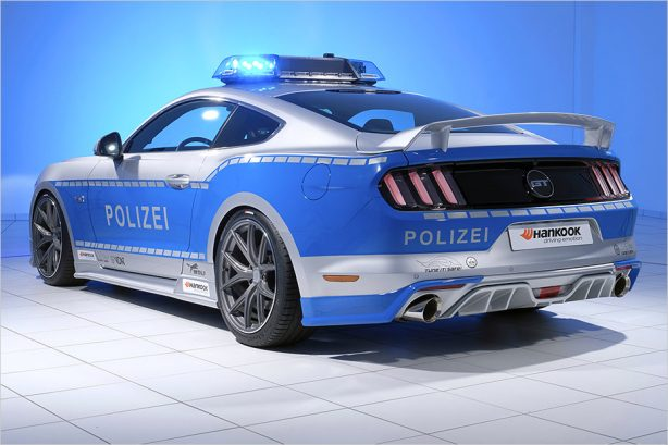 australian-ford-mustang-police-car-4