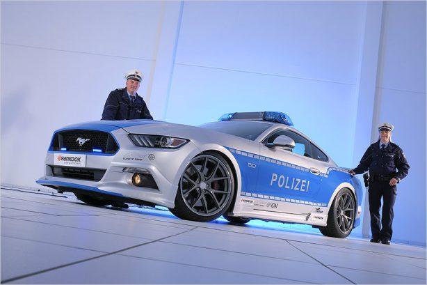 australian-ford-mustang-police-car-5