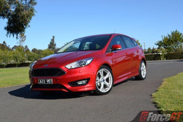 2016-ford-focus-titanium-hatch-front
