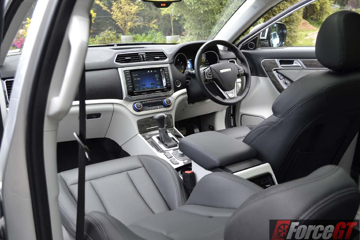 Haval H Interior on 2018 suzuki vitara