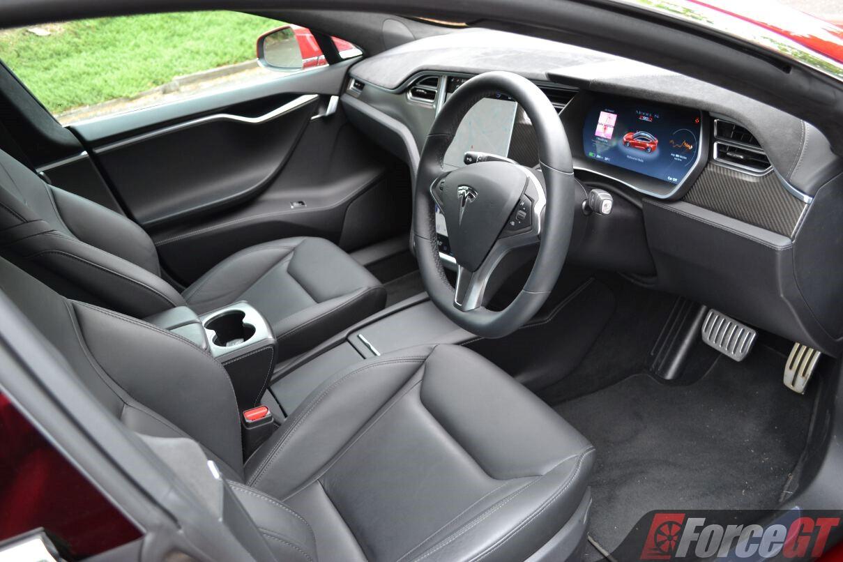 2017 Tesla Model S P90D Review