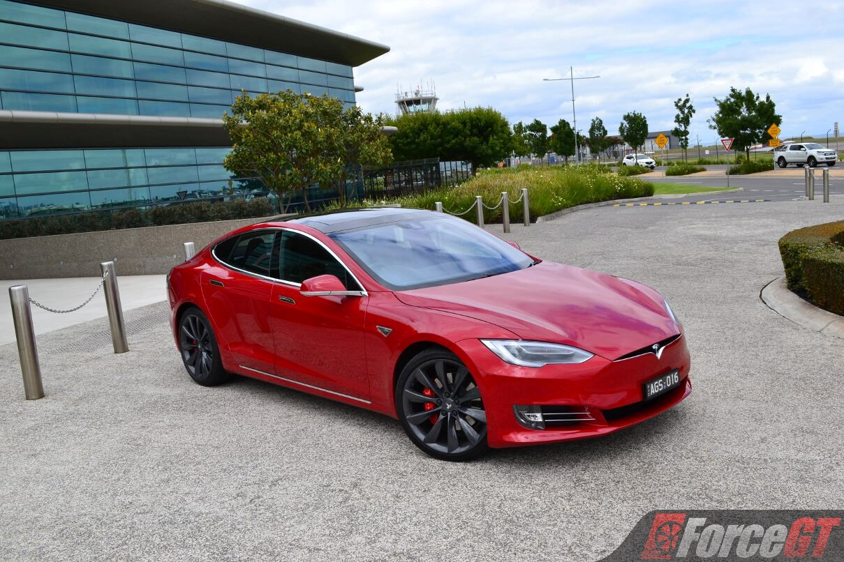 2017 Tesla Model S P90D Review