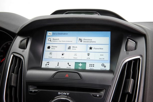 ford-sync-3-ford-focus-2