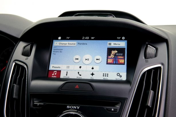 ford-sync-3-ford-focus-3