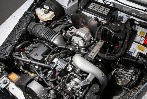 mercedes-benz-g-professional-engine