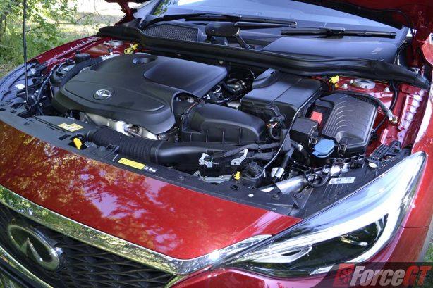 2017-infiniti-qx30-engine