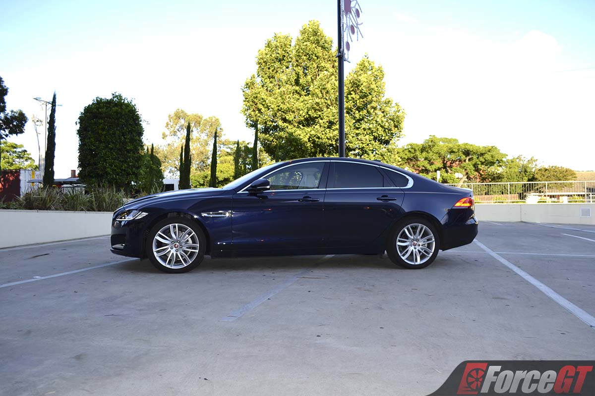 jaguar xf review xf portfolio  forcegtcom