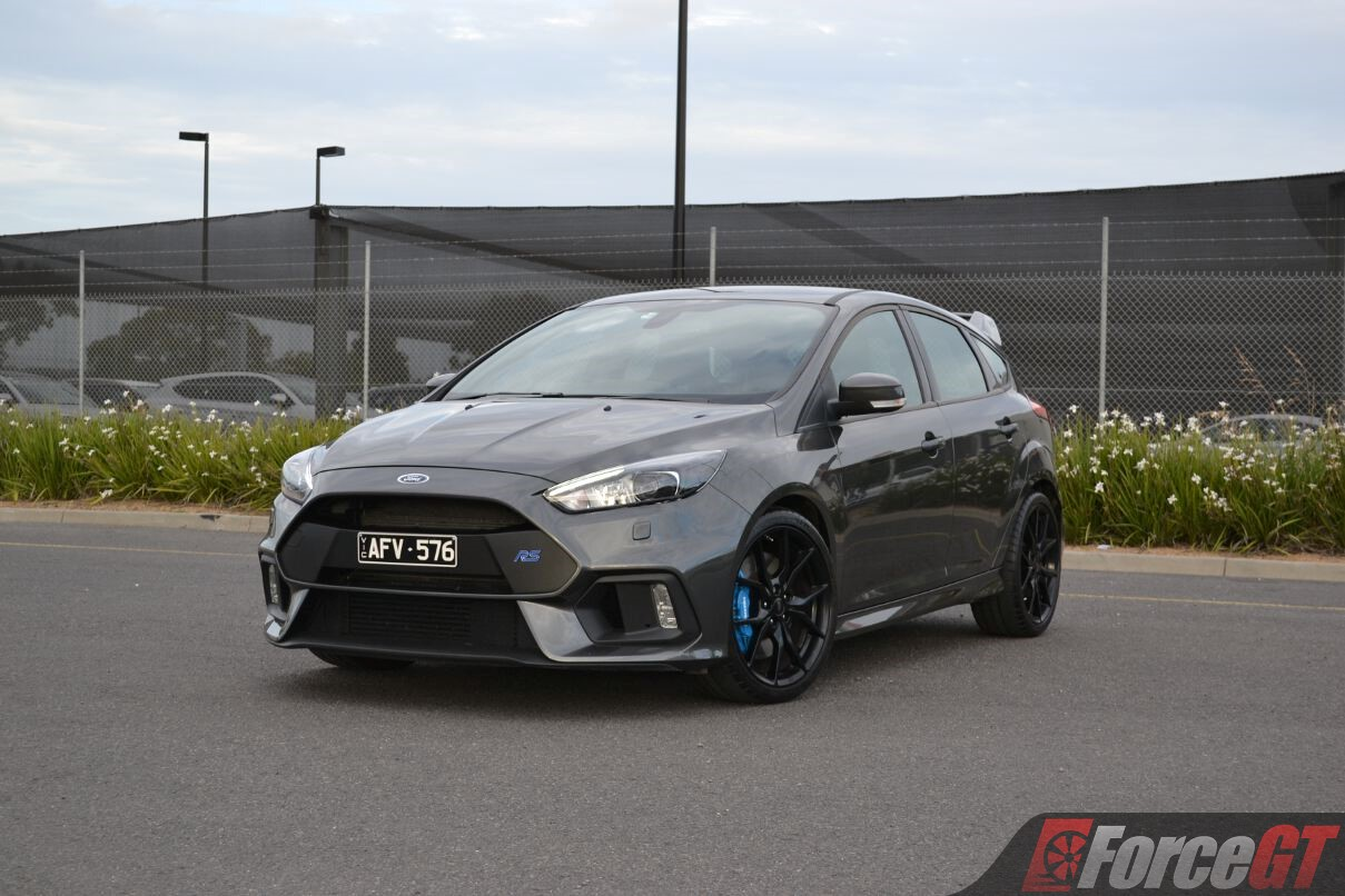 Head to Head: Subaru WRX STI vs Ford Focus RS Review ...
