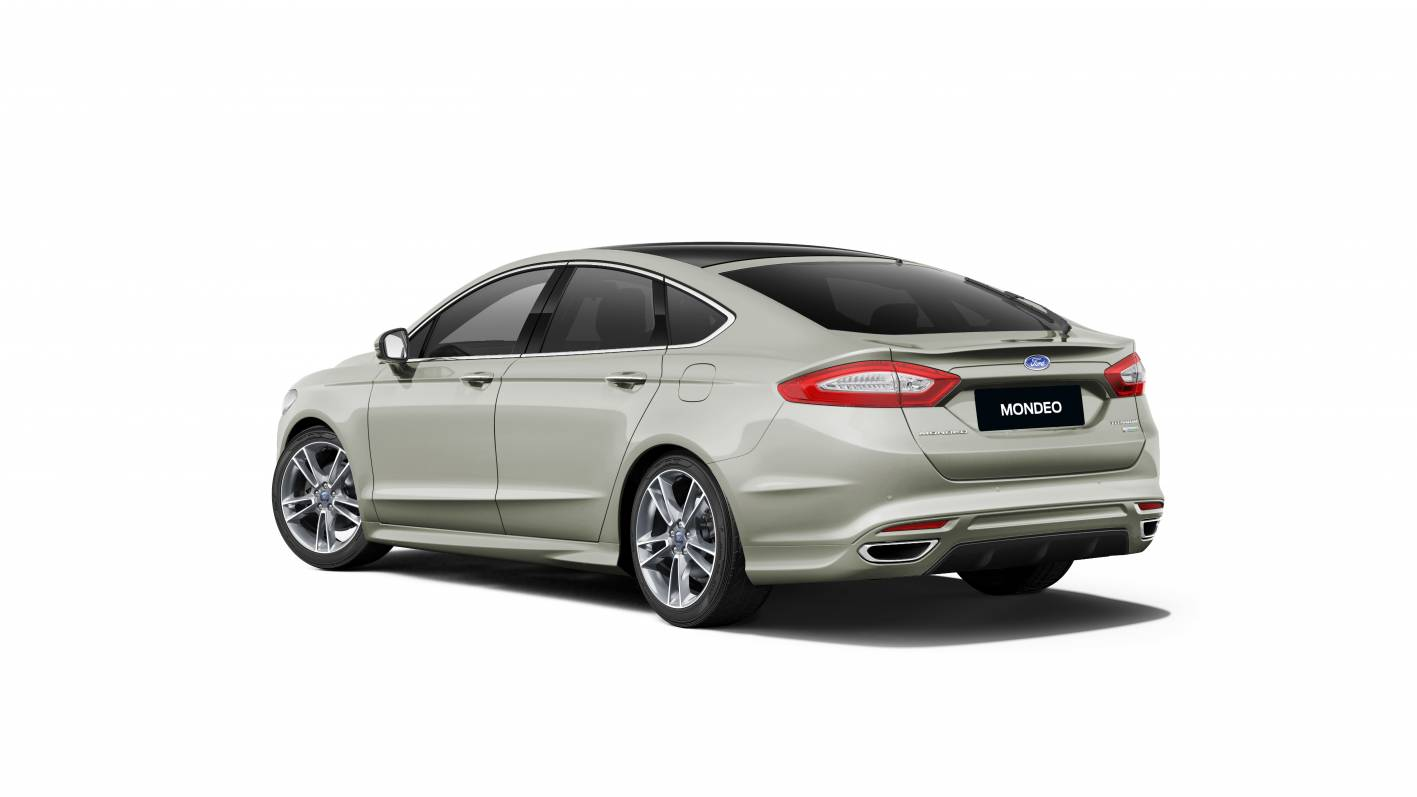 ford mondeo  premium    metalicious colour forcegtcom