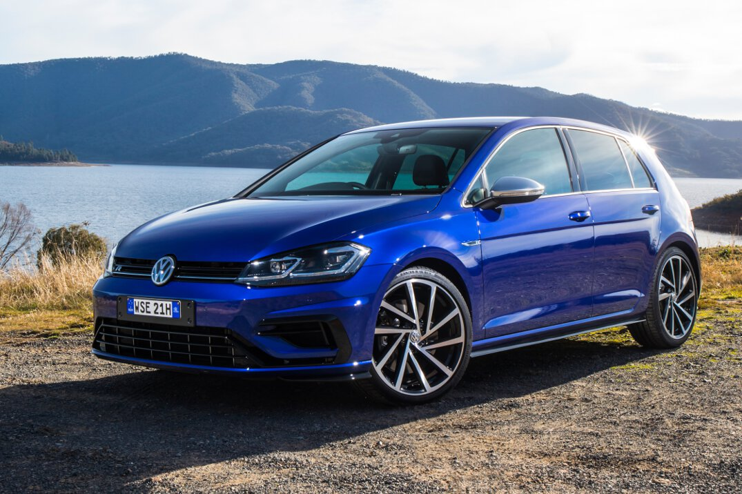 2017 volkswagen golf 7 5 performance range pricing and. Black Bedroom Furniture Sets. Home Design Ideas