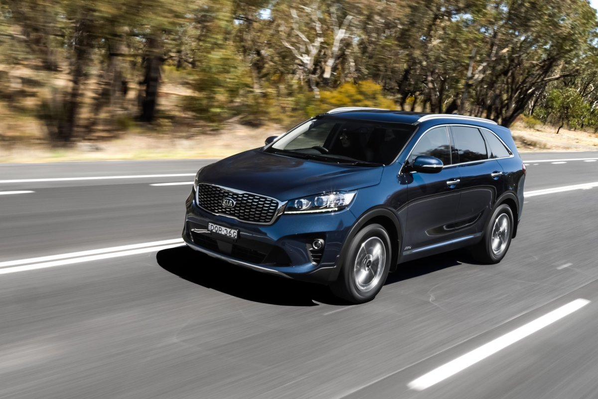 Kia Android Auto >> Updated 2018 Kia Sorento gains new 8-speed box and safety features - ForceGT.com
