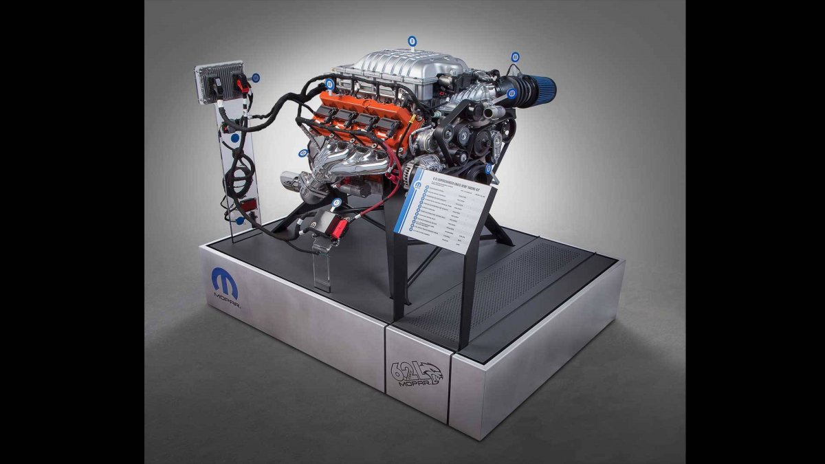 Mopar Unleashes 520kw Quot Hellcrate Quot Crate Engine At Sema