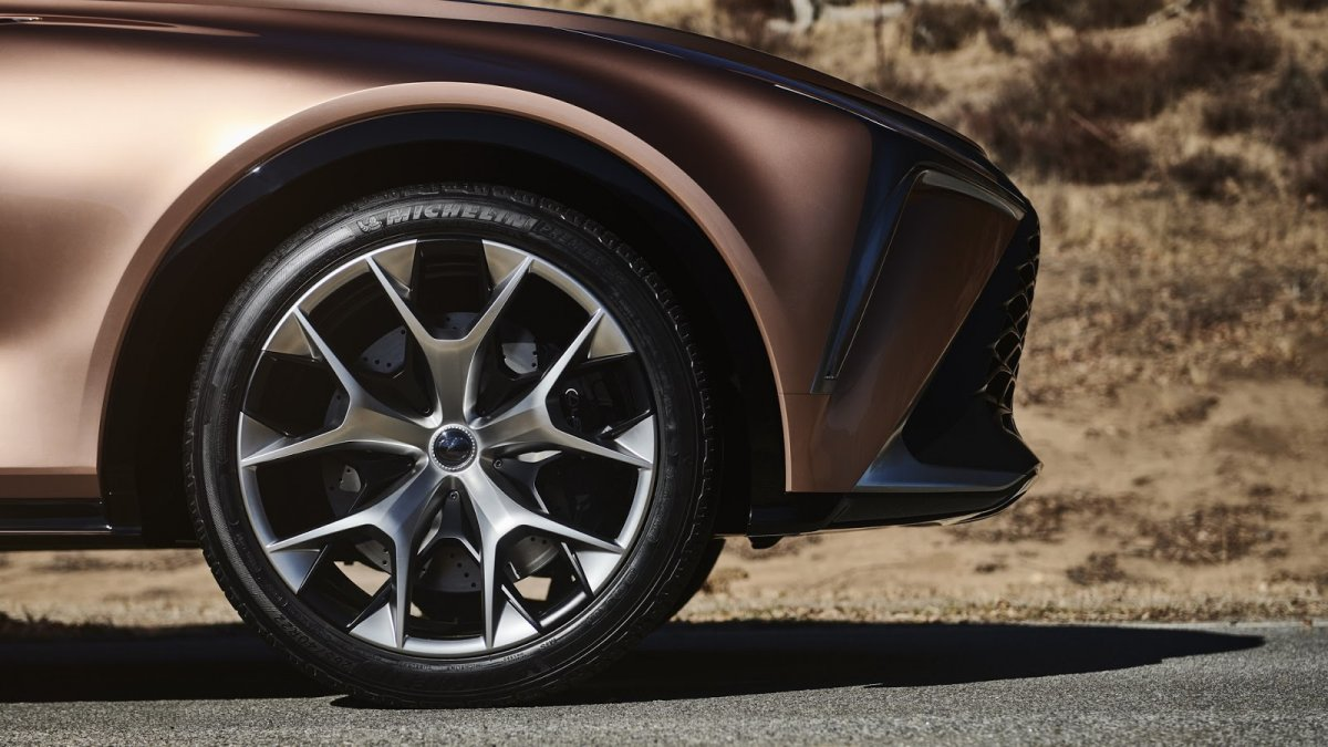 Lexus-LF1-Limitless concept wheel - ForceGT com