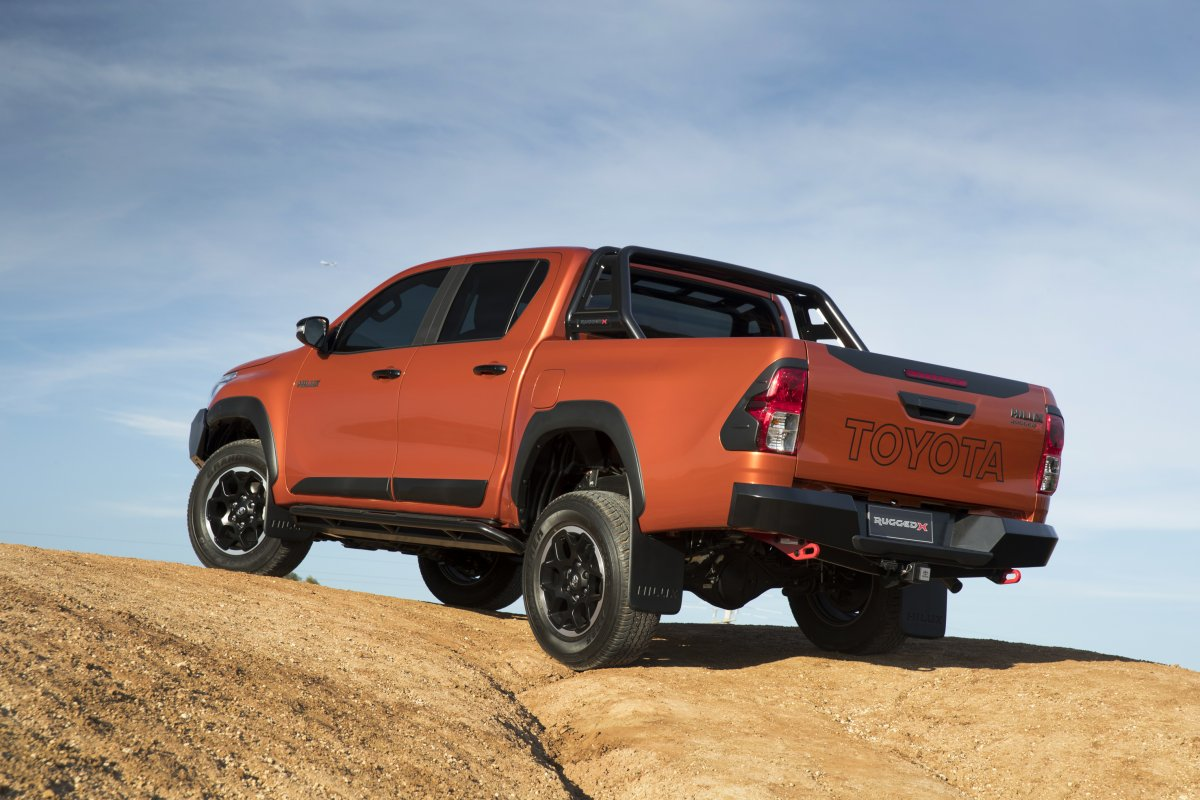 2018 toyota hilux rugged x rear - ForceGT.com