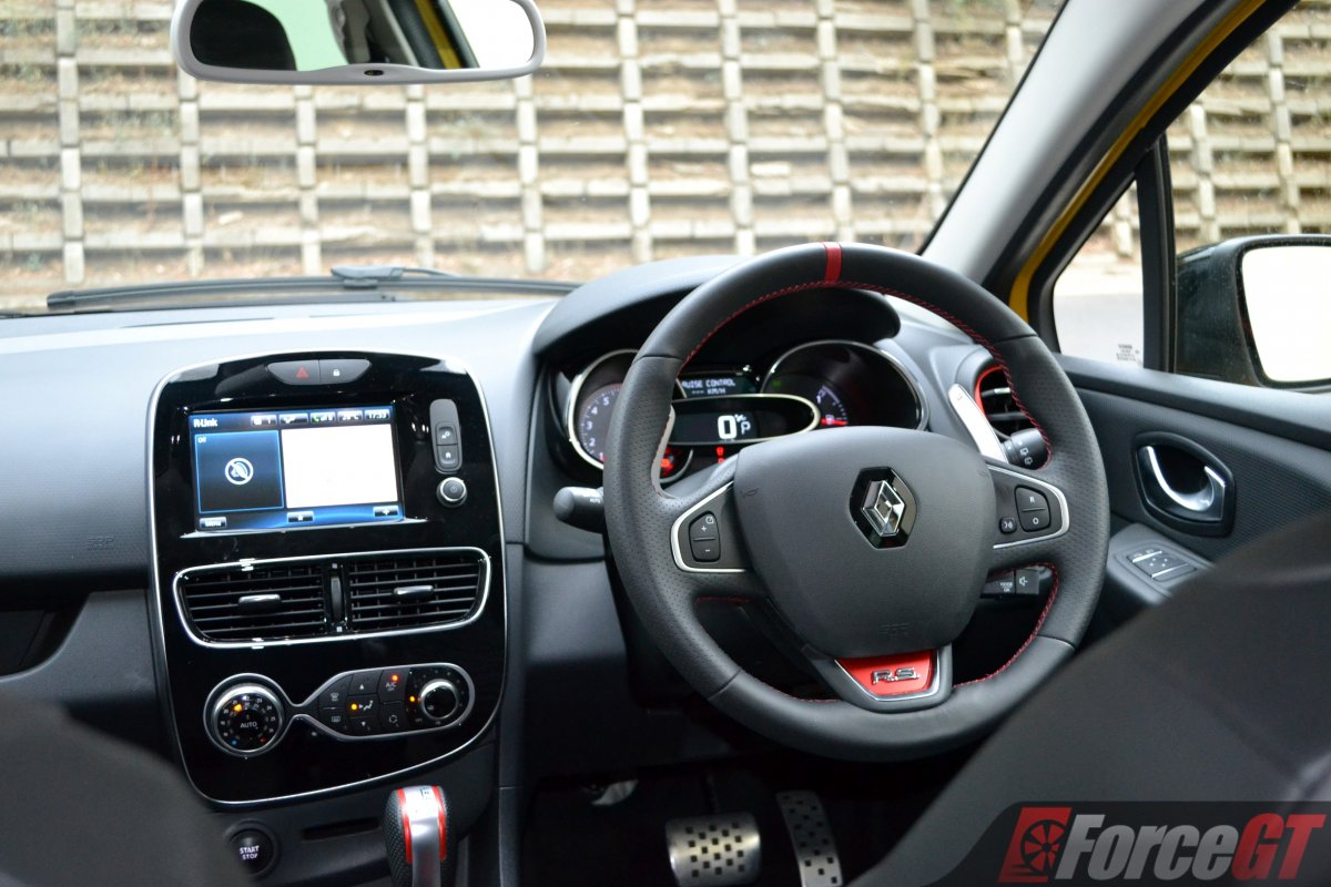 renault clio rs review forcegtcom