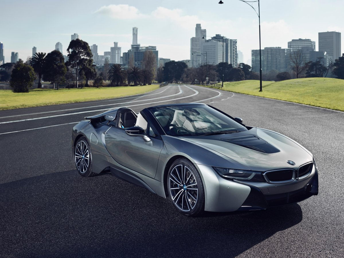 2018 Bmw I8 Roadster Front Quarter Forcegt Com
