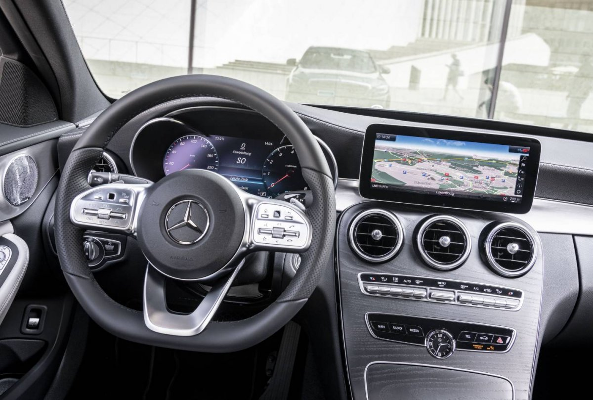 2019 Mercedes Benz C Class Facelift Interior Forcegt Com