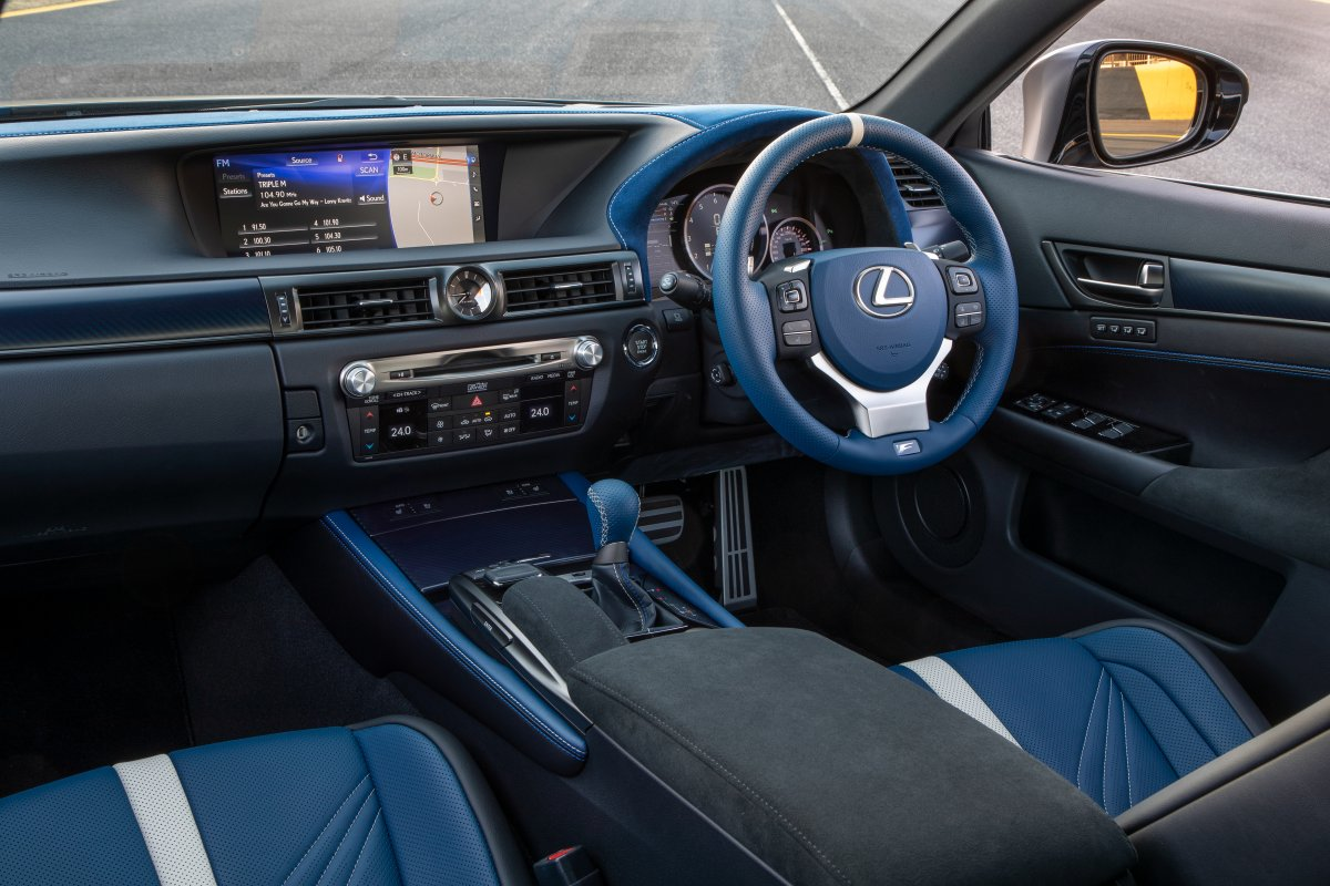 lexus-rcf-gsf-10-anniversary-special-edition-interior