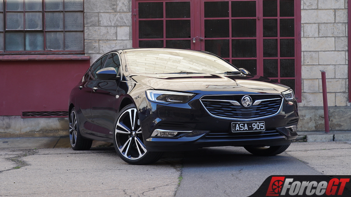 2018 Mazda6 Gt Vs Holden Commodore Calais V Comparison