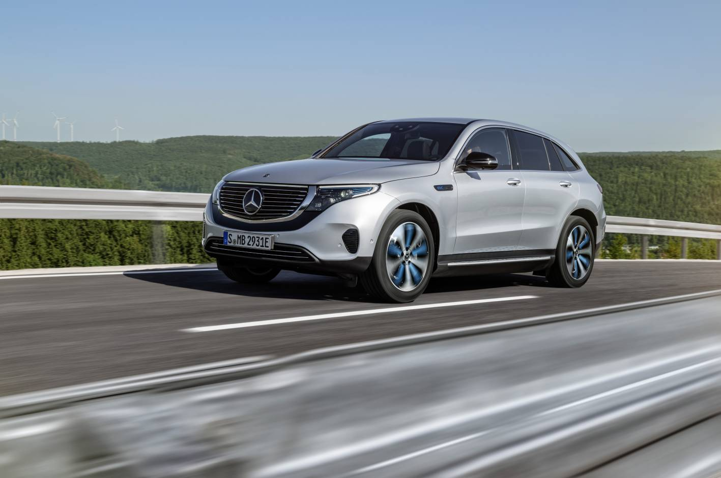 all-electric mercedes-benz eqc to enter production in 2019