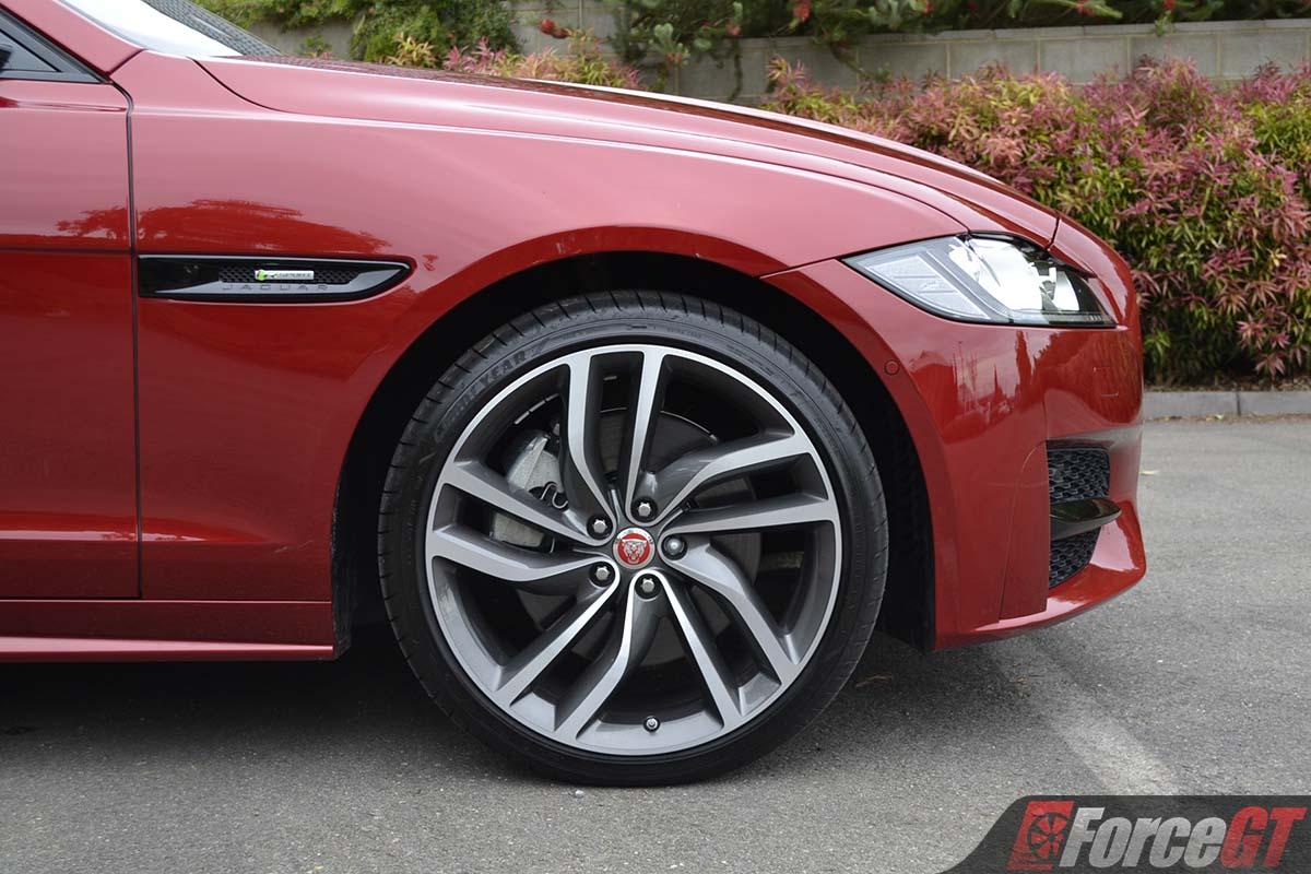 2019 Jaguar Xf 30t R Sport Sedan Review Forcegt Com