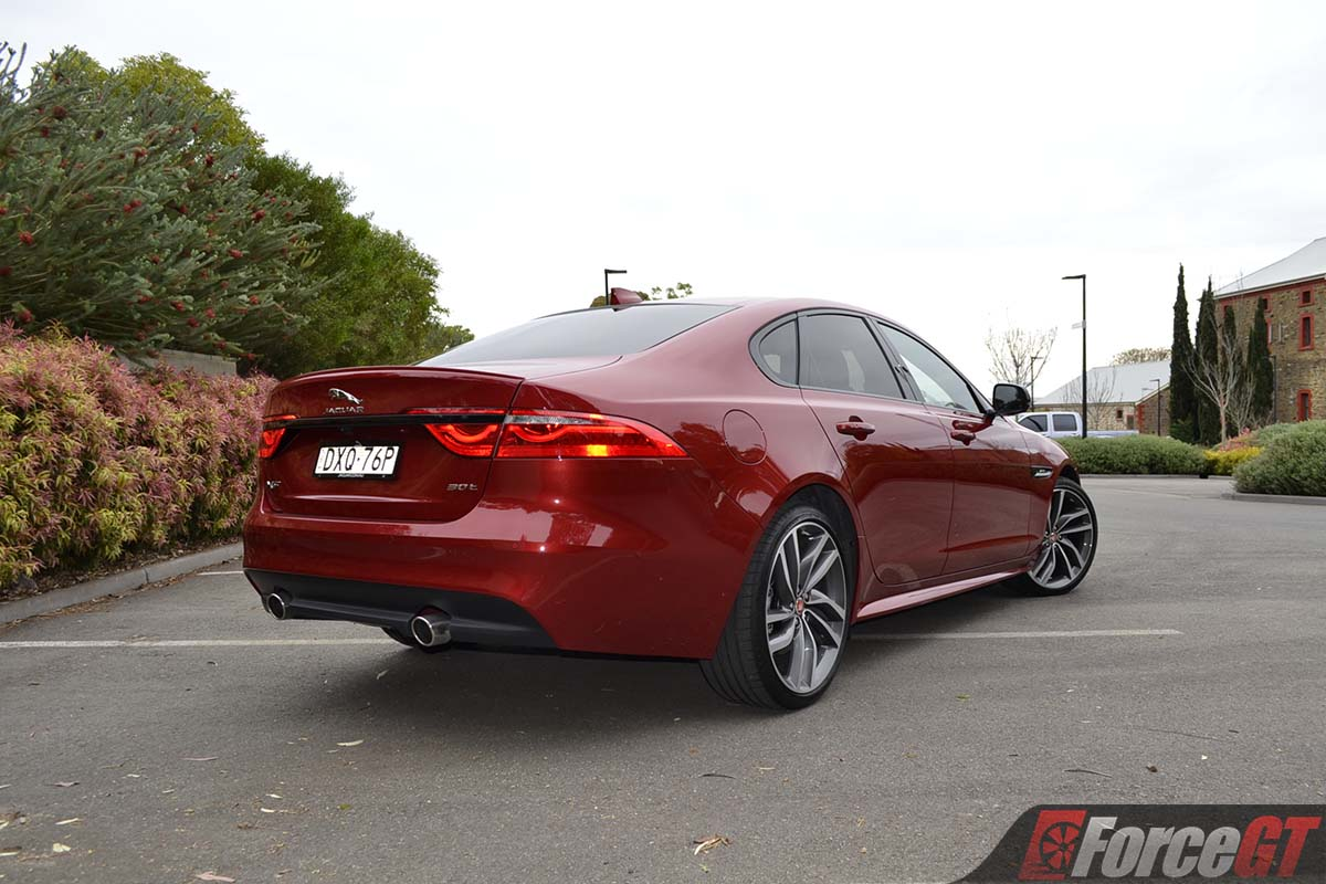 2019 jaguar xf 30t r-sport sedan review