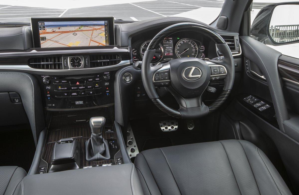 2019-lexus-lx570-s-interior