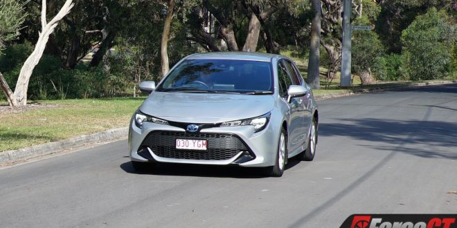2019 Toyota Corolla Ascent Sport Hybrid Review