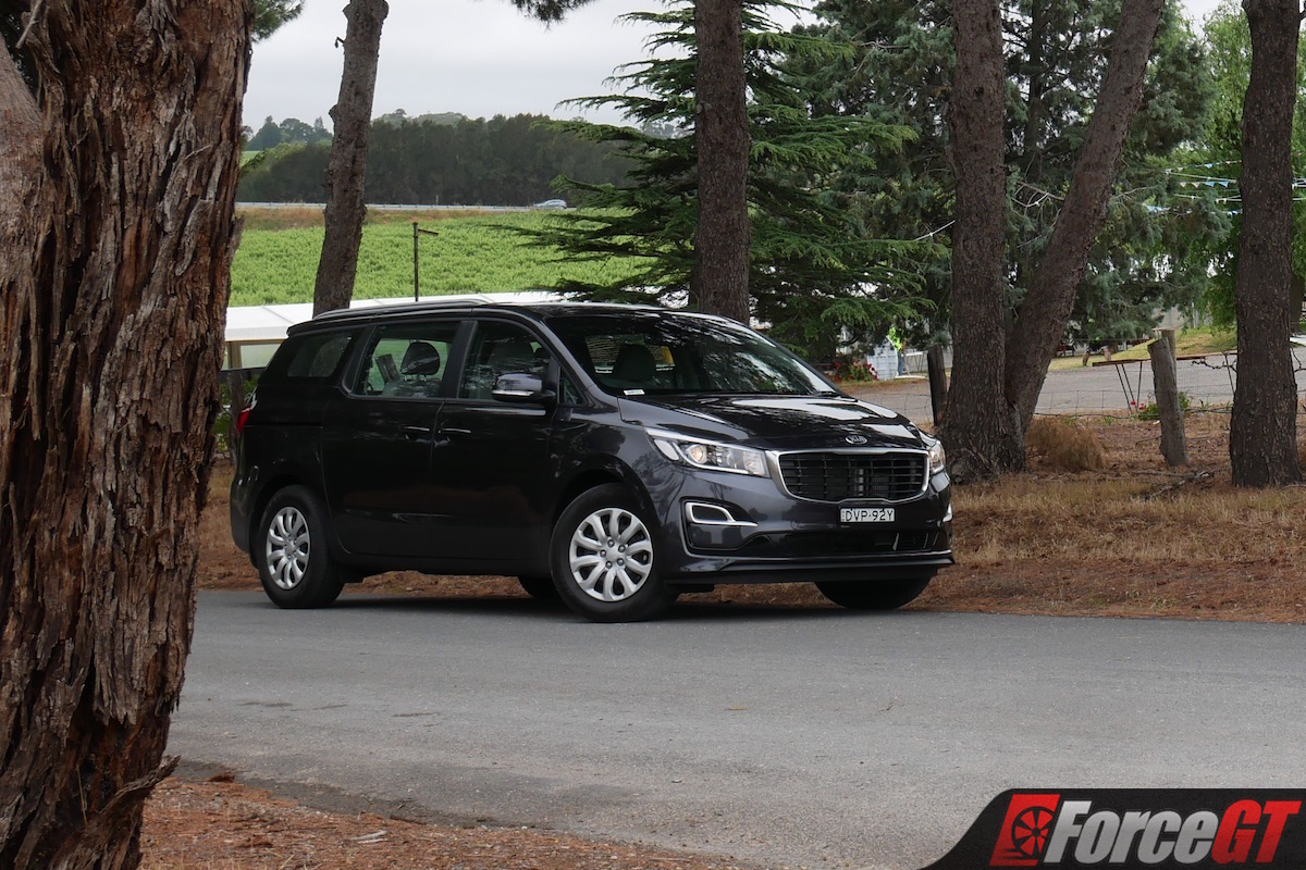 2019 Kia Carnival S Diesel Review Can It Really Handle Eight