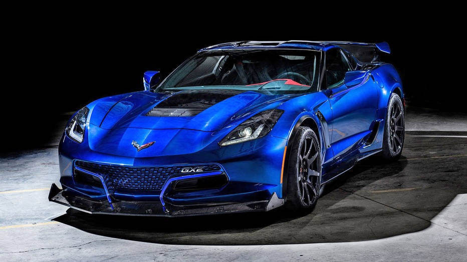 Genovation Debuts 587kw Corvette Based Gxe Ev With Manual